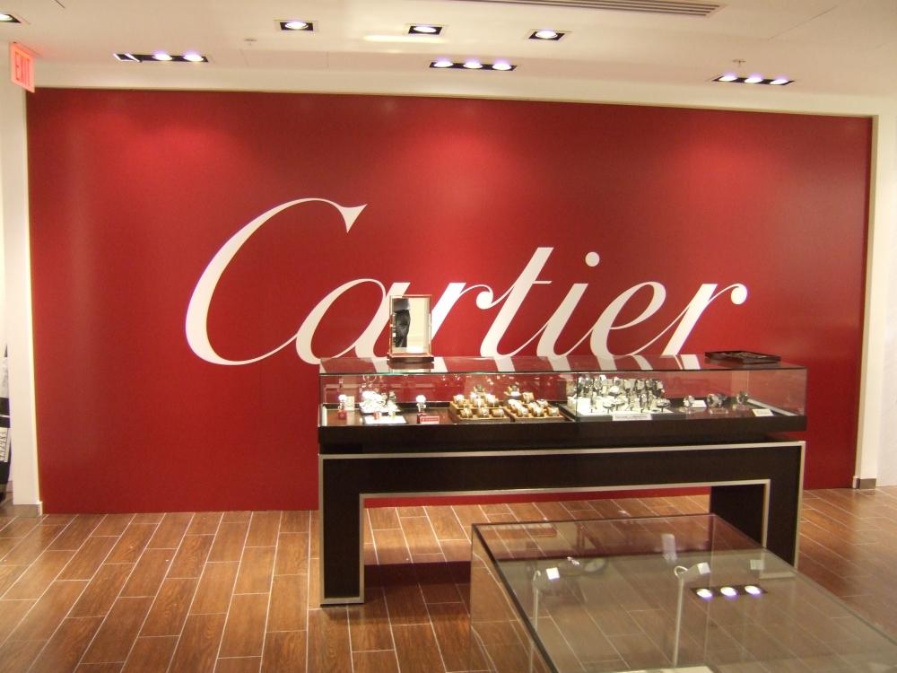 Barricade graphic Cartier